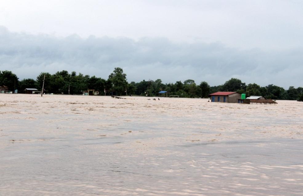 कनकाईको बाढी जोखिम उन्मुख, चार घर विस्थापित