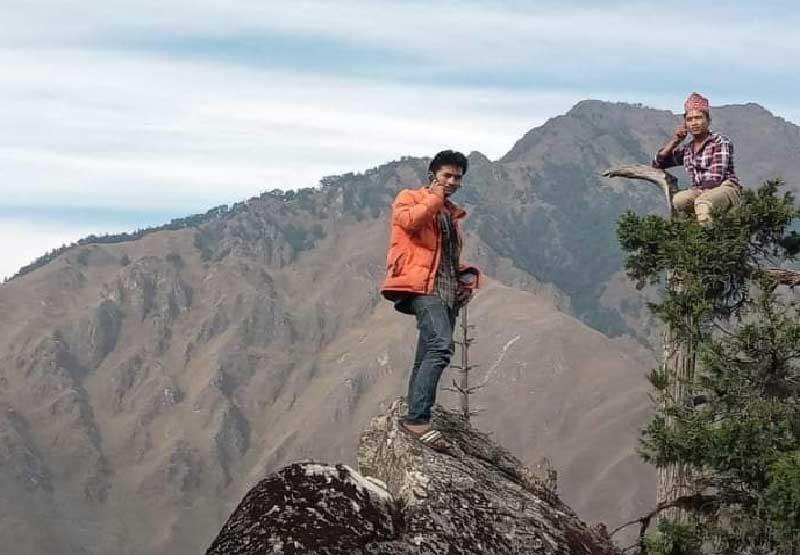 फोनको टावर खोज्दै टेलिकम