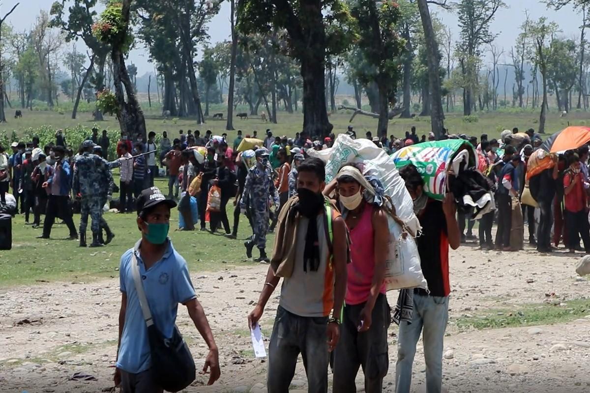 बेरोजगारीको समस्या झेल्दै भारतबाट फर्किएकाहरु