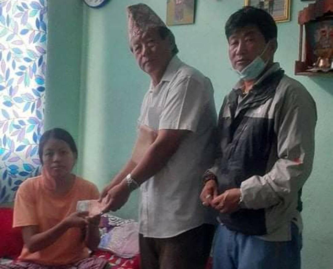 मृगौला पिडित यवा लाई कतारबाट आर्थिक सहयोग